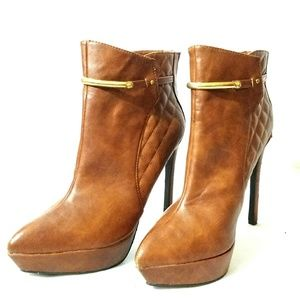 Authentic Wild Rose Leather Heels Size 10